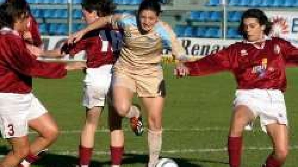 Calcio femminile: revocato lo sciopero