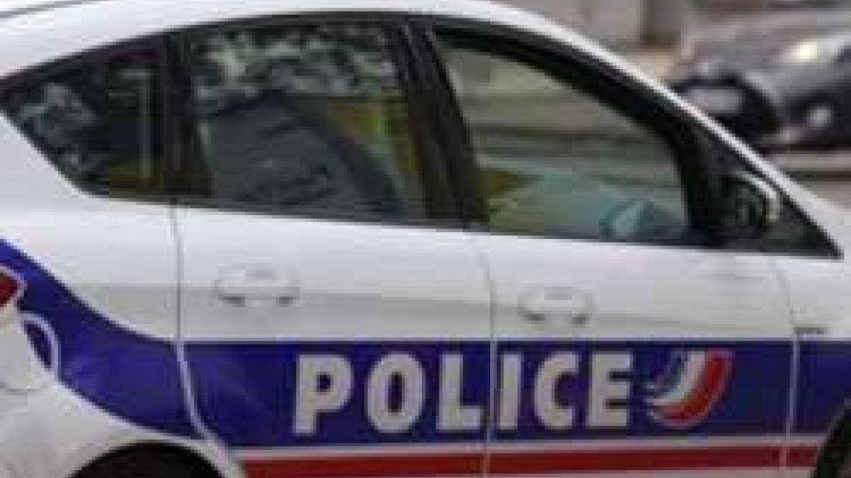 Francia: terrorista accoltella un maestro e inneggia all'ISISFrancia: intervista a Fulvio Scaglione - Famiglia Cristiana