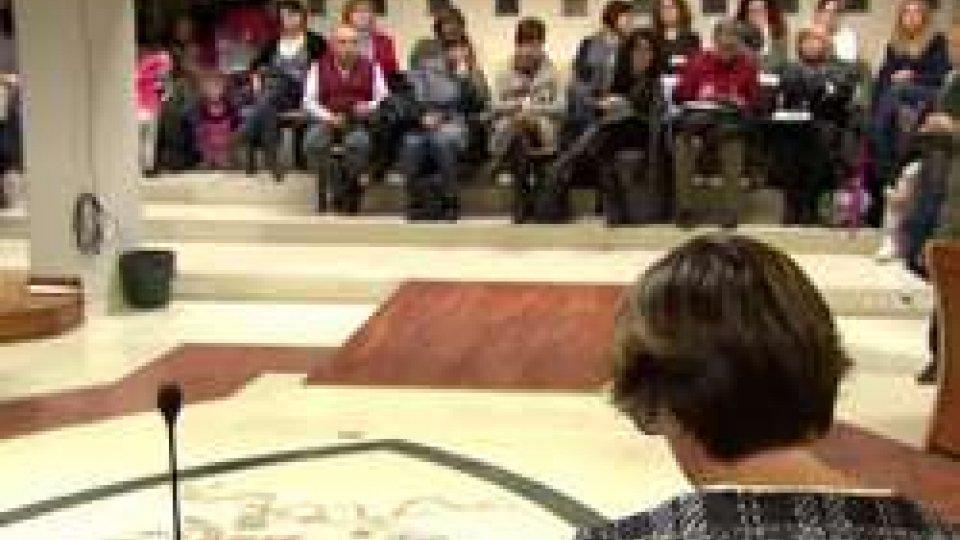 I precari in Consiglio ComunaleEsternalizzazione scuole a Rimini, venerdì il tavolo sindacati insegnanti