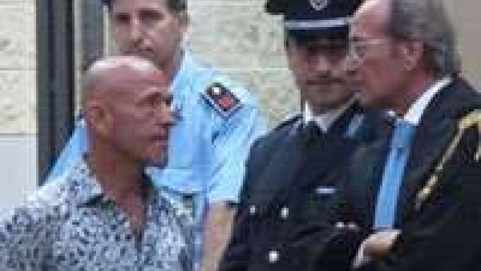 """Processo Stecca, il medico dell'accusa """"poteva uccidere"""""""