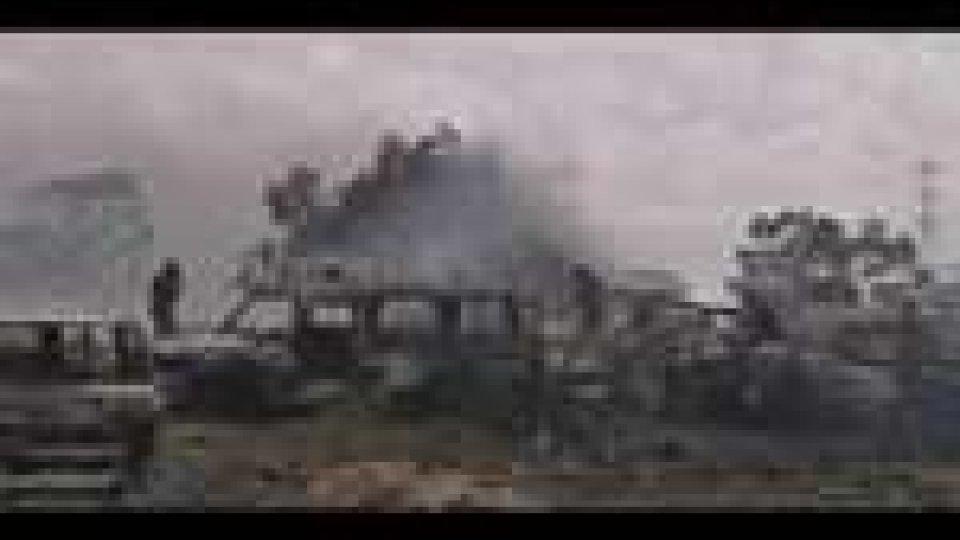 Libia: scudi umani a Misurata