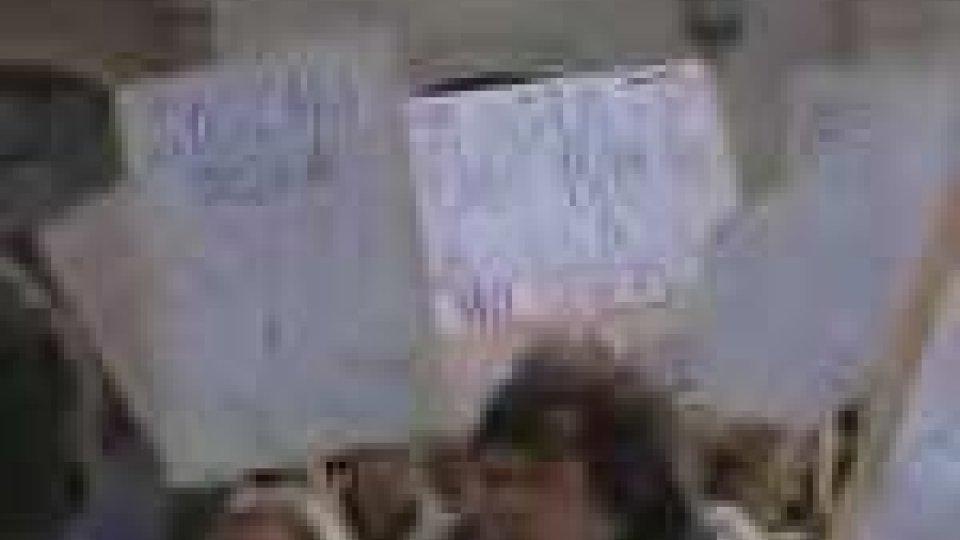 La protesta dei dipendenti sul Pianello