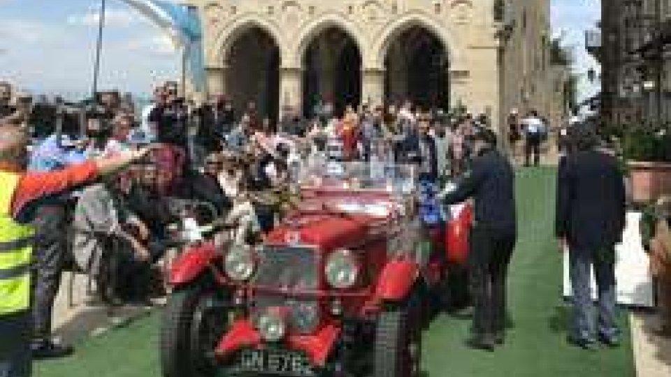 San Marino saluta il passaggio della Mille miglia