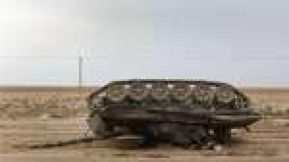 Libia: Raf colpisce sei carri armati e sei blindati. Intanto la Nato si difende dalle critiche dei rivoltosi