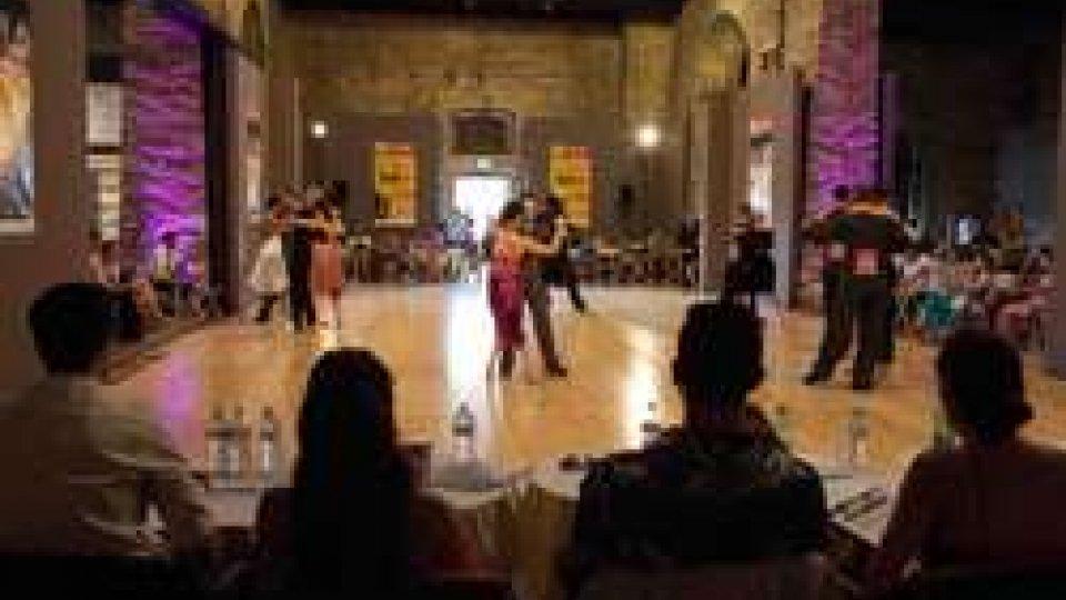 Domenica 8 luglio a Cervia (RA) le finali del 9 Campionato Europeo di Tango valido per i mondiali di Buenos Aires
