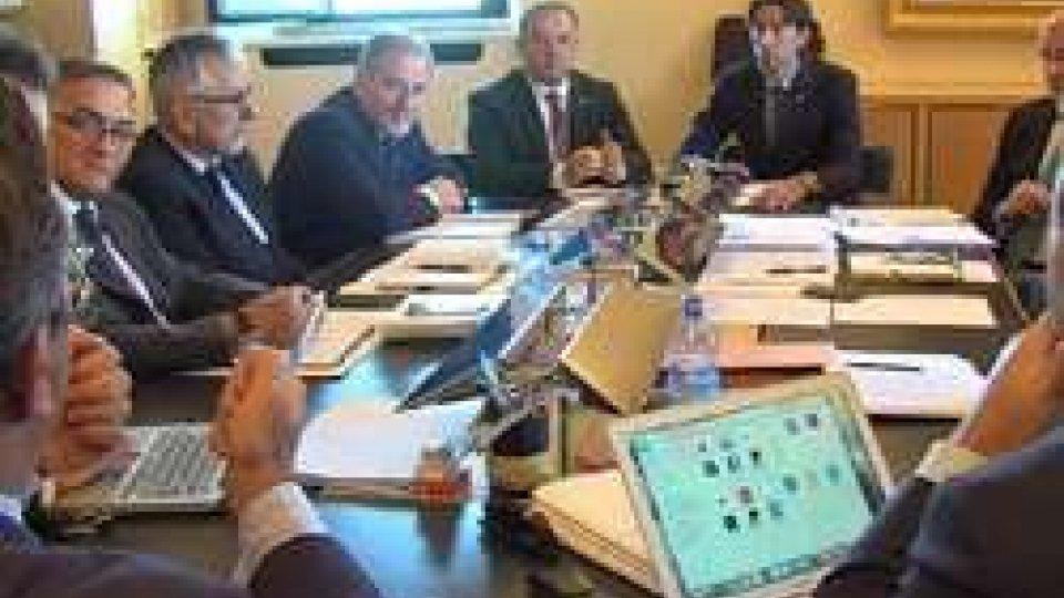 Il Congresso di StatoIl governo si prepara all'ultima sessione del Consiglio