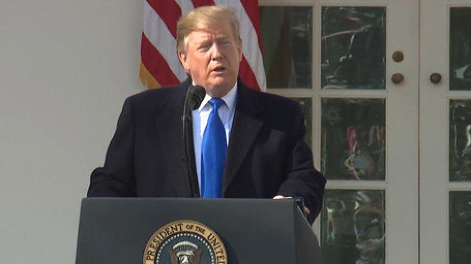 """USA: bufera politica dopo """"emergenza nazionale"""" dichiarata da TrumpUSA: bufera politica dopo """"emergenza nazionale"""" dichiarata da Trump"""