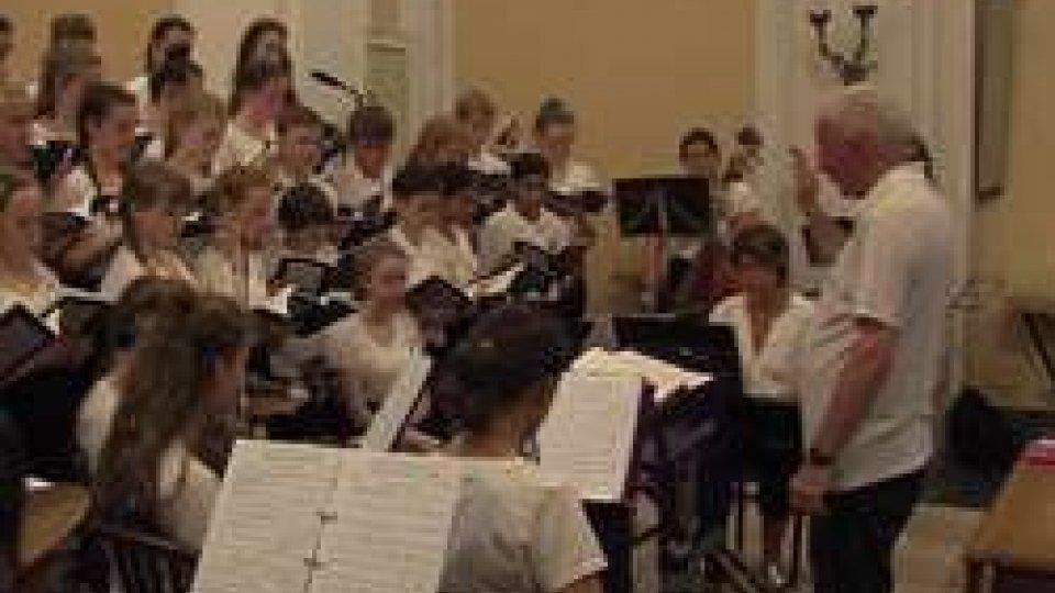 Westholme School Choir and Orchestra al Convento di San FrancescoWestholme School Choir and Orchestra in concerto al Convento di San Francesco [UN ESTRATTO DEL CONCERTO]
