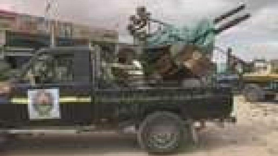 Libia: il cnt discute del governo di transizione