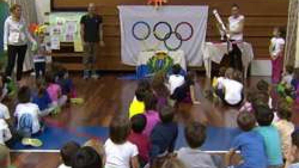 La scuola dell'infanzia scopre i Giochi dei Piccoli StatiLa scuola dell'infanzia scopre i Giochi dei Piccoli Stati, l'intervista a Eros Bologna