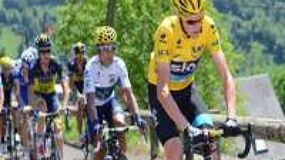 Tour: assolo di Rui Costa, Froome resta in gialloTour: assolo di Rui Costa, Froome resta in giallo
