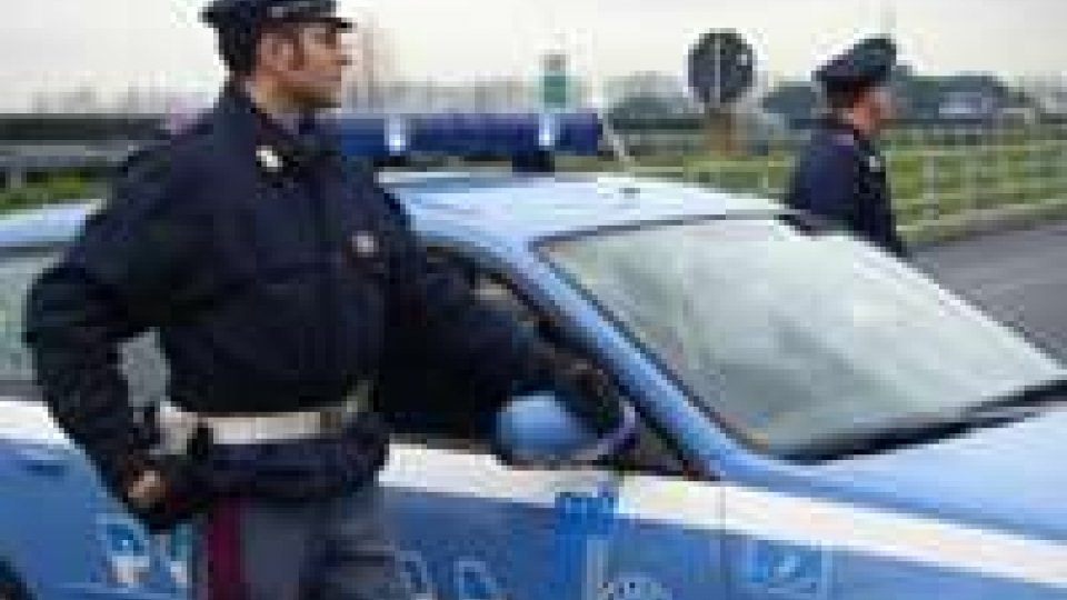 Rimini: tre rumeni arrestati per furto di prodotti elettronici