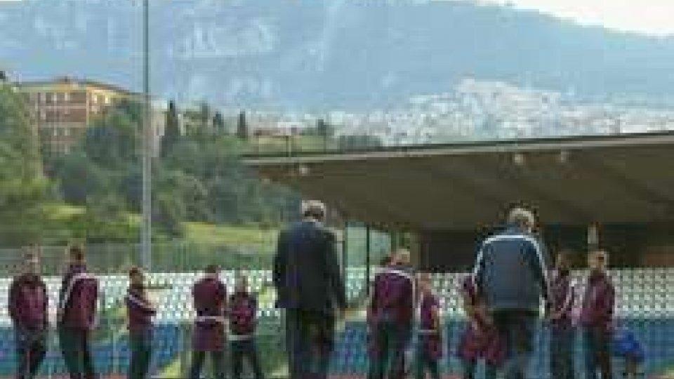 la Nazionale sul prato di SerravalleSan Marino - Inghilterra: il giorno della sfida