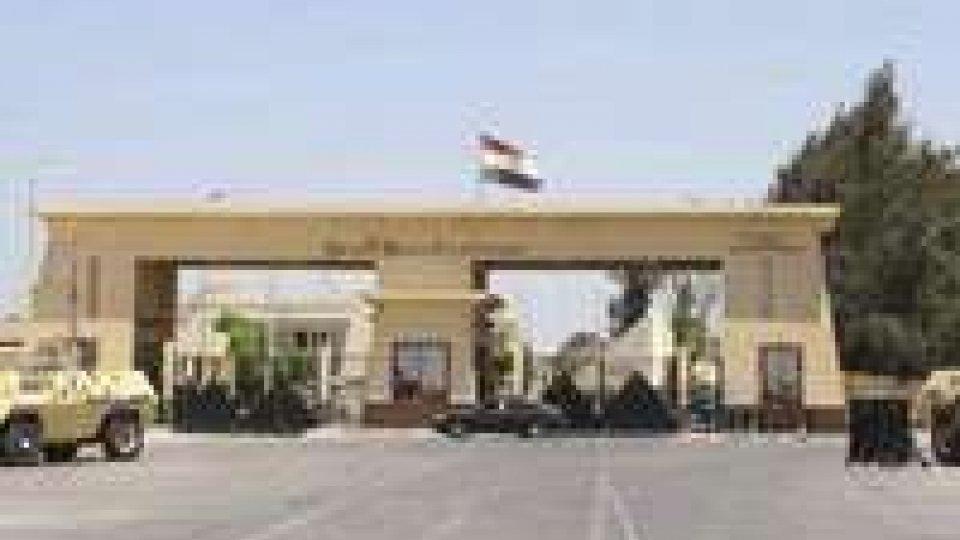Egitto: riaperto valico di Rafah per il rientro dei pellegrini palestinesi