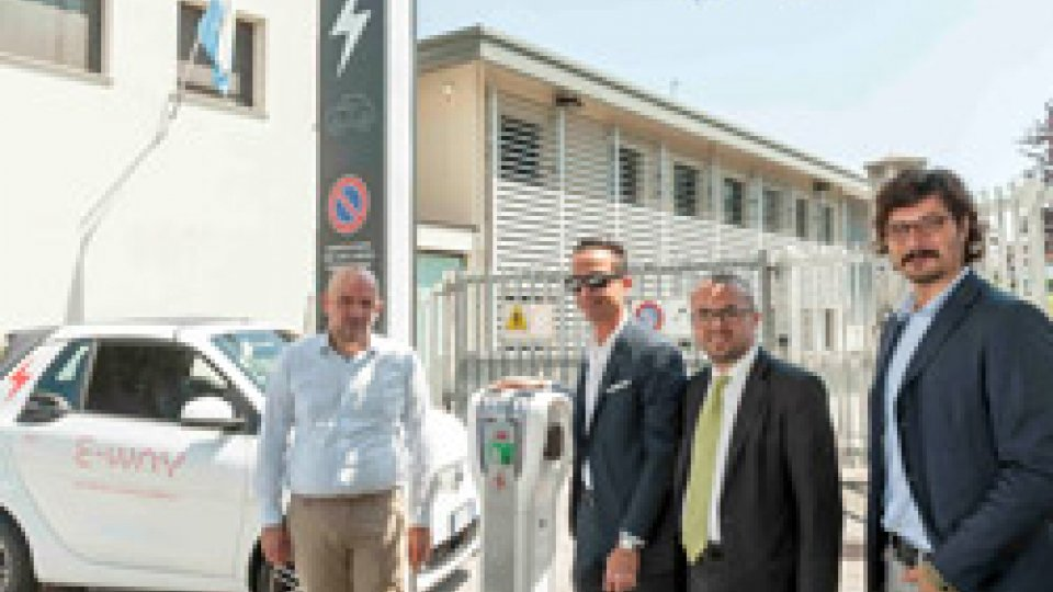 Presentato E-WAY per la mobilità sostenibileMobilità sostenibile: presentato E-WAY, progetto che pone il Titano all'avanguardia nel settore