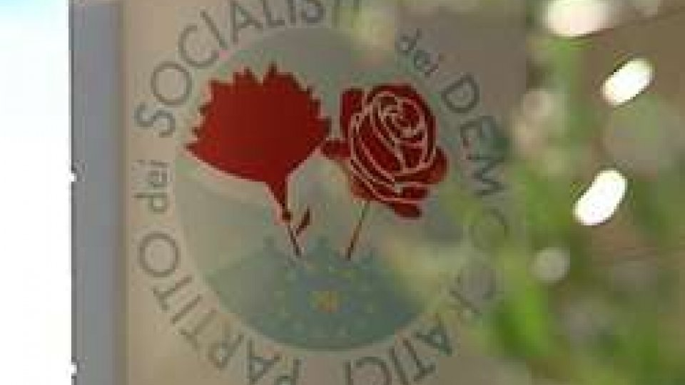 """Banche, le preoccupazione del Partito socialista  """"porre fine all'agonia di questo esecutivo"""""""