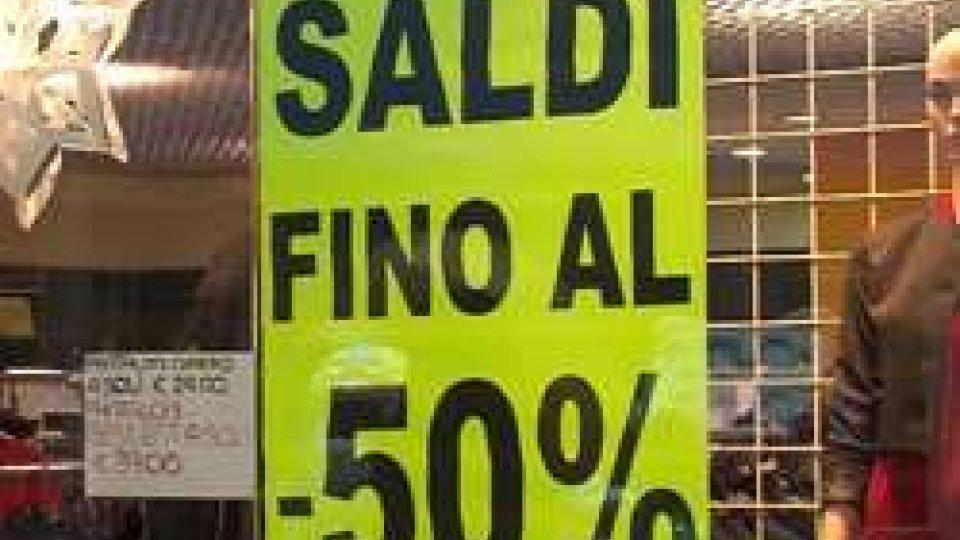 SaldiSaldi, gennaio tra shopping e regali da restituire