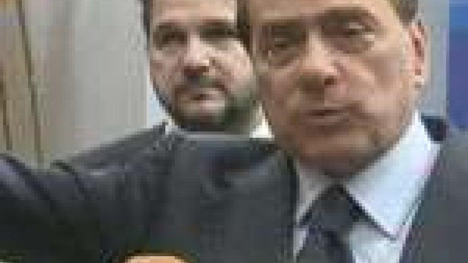 """Berlusconi: """"Nessun calciomercato e non ho offerto posti di governo"""""""