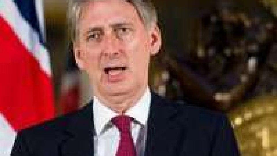 Gb: Ministro difesa pronto a uscire da Ue
