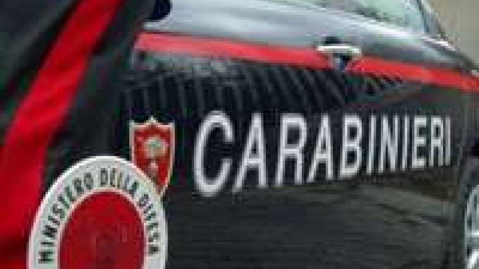 Novafeltria: Cc fermano auto con refurtiva