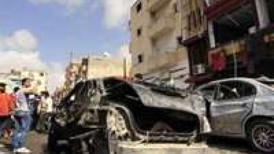 Libia: autobomba davanti all'ospedale di Bengasi