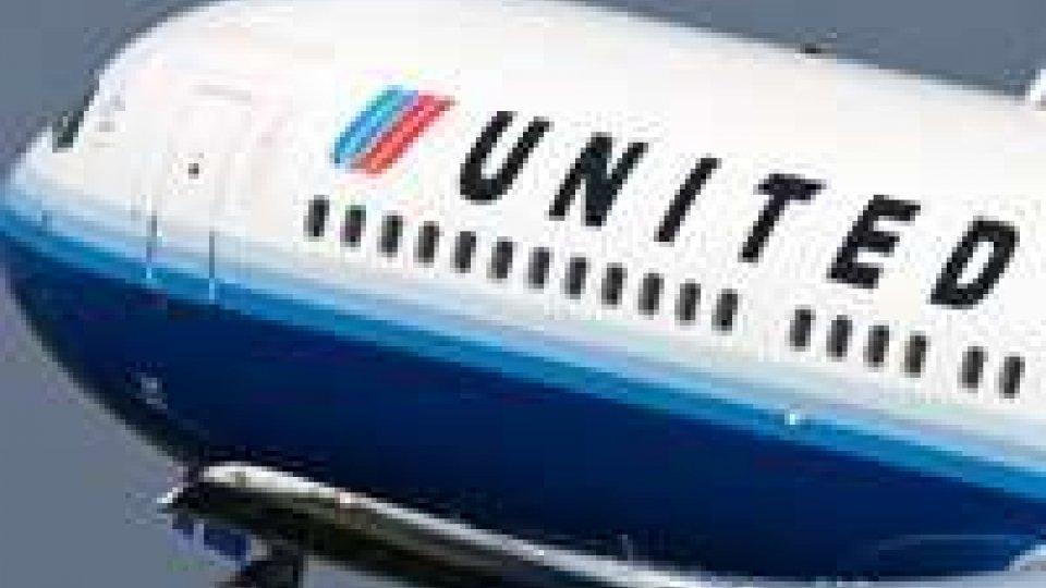Errore del computer, biglietti United Airlines gratis