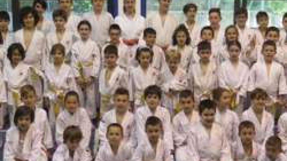 Promossi 72 allievi della Sakura Judo