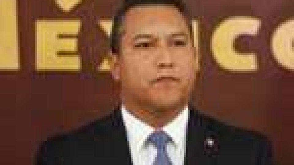 Messico, incidente aereo: morto il ministro degli Interni Blake