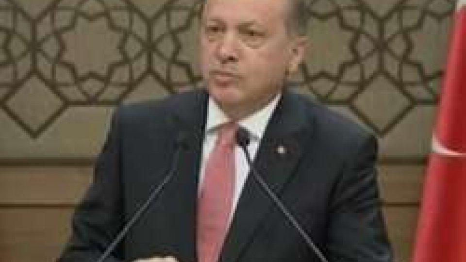 Il presidente turco ErdoganDalla Libia alla stretta sulla sicurezza a Roma: in Italia è massima allerta sul fronte terrorismo