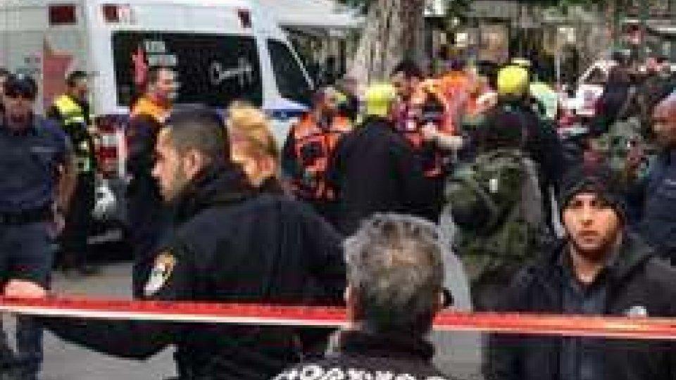 Attacco a Tel Aviv, due morti