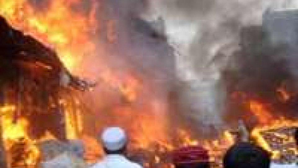 Pakistan: attentato nel nord-ovest, sei bambini morti