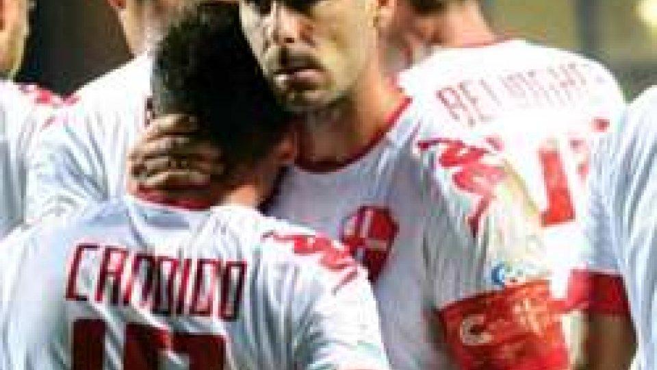Quarta sconfitta consecutiva per un Santarcangelo in piena crisi. Il Padova realizza 3 goal e colpisce 2 paliQuarta sconfitta consecutiva per un Santarcangelo in piena crisi. Il Padova realizza 3 goal e colpisce 2 pali