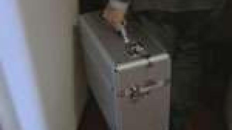 La valigetta con i documenti conclusivi