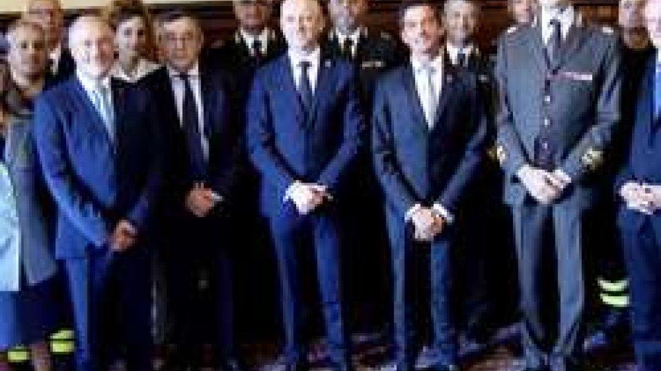 Vigili del Fuoco e Polizia Civile dalla ReggenzaRinnovato l'accordo di collaborazione Vigili del fuoco dell'Emilia Romagna e sezione antincendio della Polizia Civile
