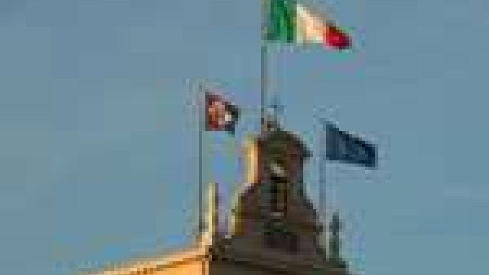 La manovra sempre al centro del dibattito politico italiano