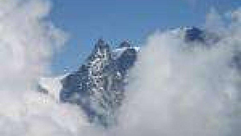 Valanghe killer: fine settimana tragico in montagna