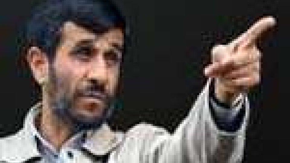Iran: oggi l'investitura di Ahmadinejad