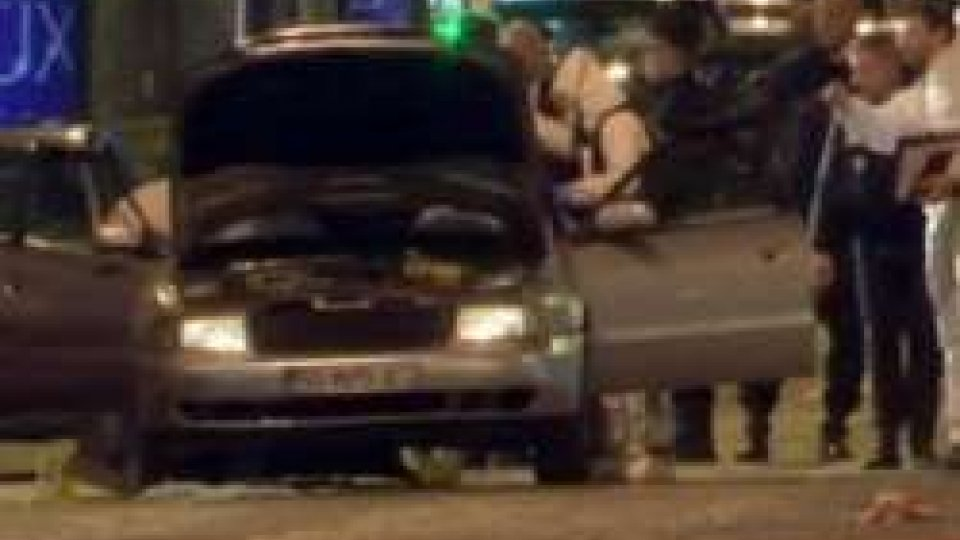 Attentato ParigiParigi: killer era già stato arrestato, in auto armi e corano. Segretario Renzi invita a fare fronte comune