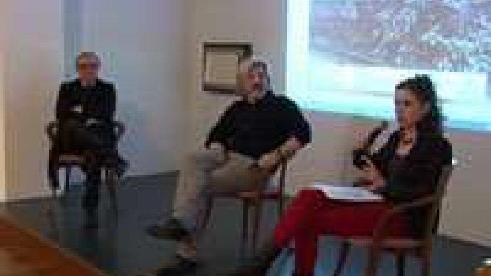 """Marco Vincenzi: presentato il lavoro fotografico """"Id. Rimini 2009 -2014""""Marco Vincenzi: presentato il lavoro fotografico """"Id. Rimini 2009 -2014"""""""