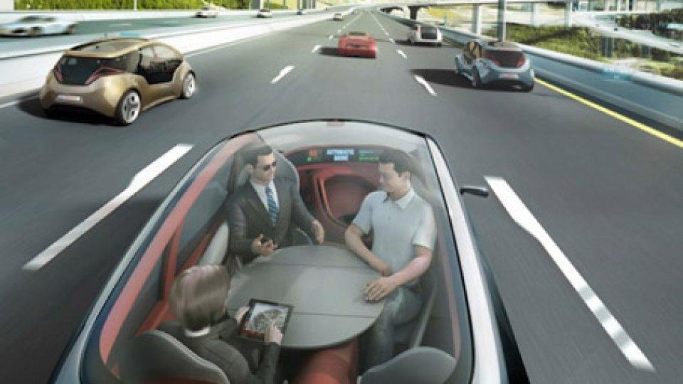 Progetto di auto senza conducenteDubai: la guida autonoma è quasi realtà