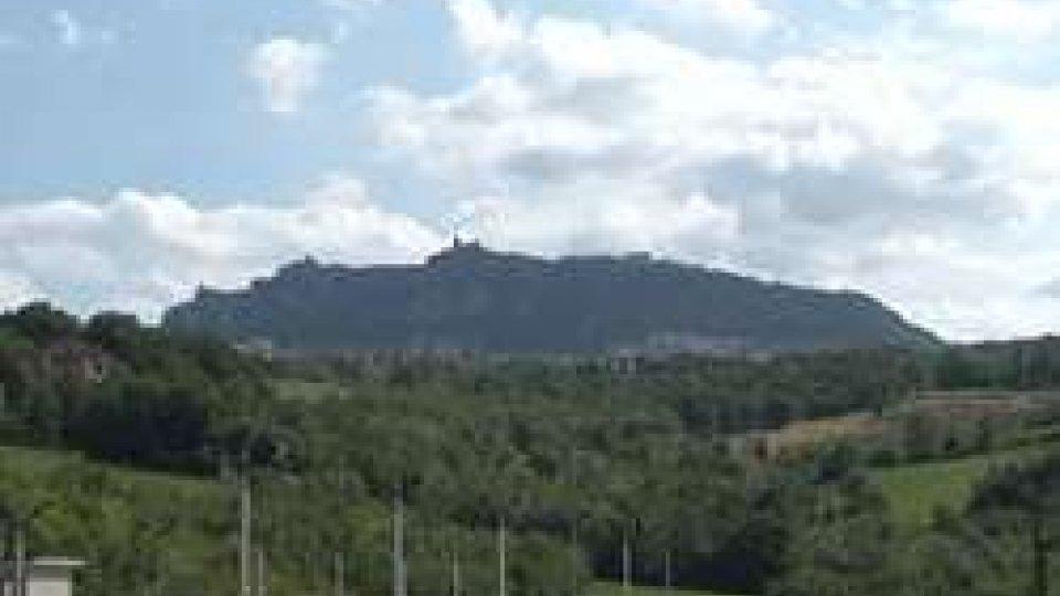 Monte TitanoCrescono occupazione e frontalieri, in calo commercio e turismo escursionistico