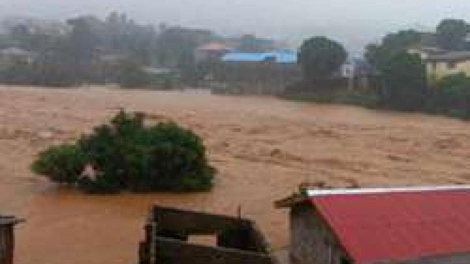 Alluvione in Sierra Leone: oltre 300 i morti e 600 i dispersi