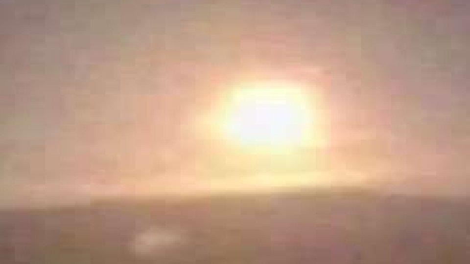 Frammento di cometa impatta sull'atmosfera: spettacolo nel cielo spagnolo