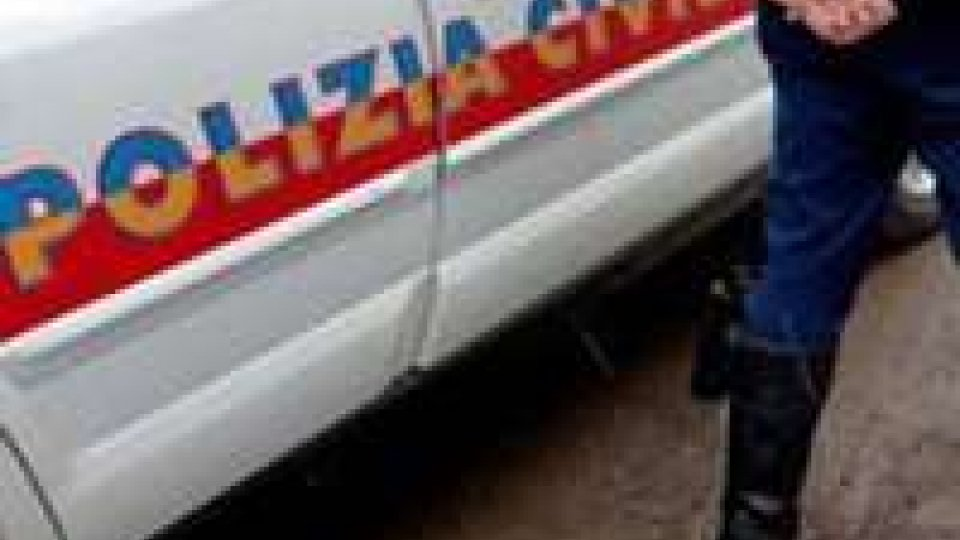 Polizia Civile sottopone 35enne a fermo