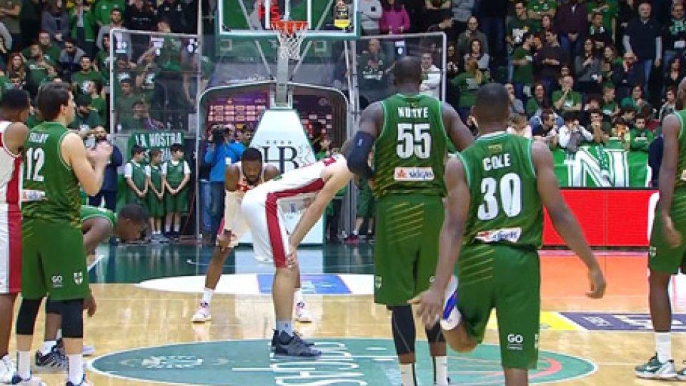 Basket: VL fino alla fine, ma vince Avellino 82-81Basket: VL fino alla fine, ma vince Avellino 82-81