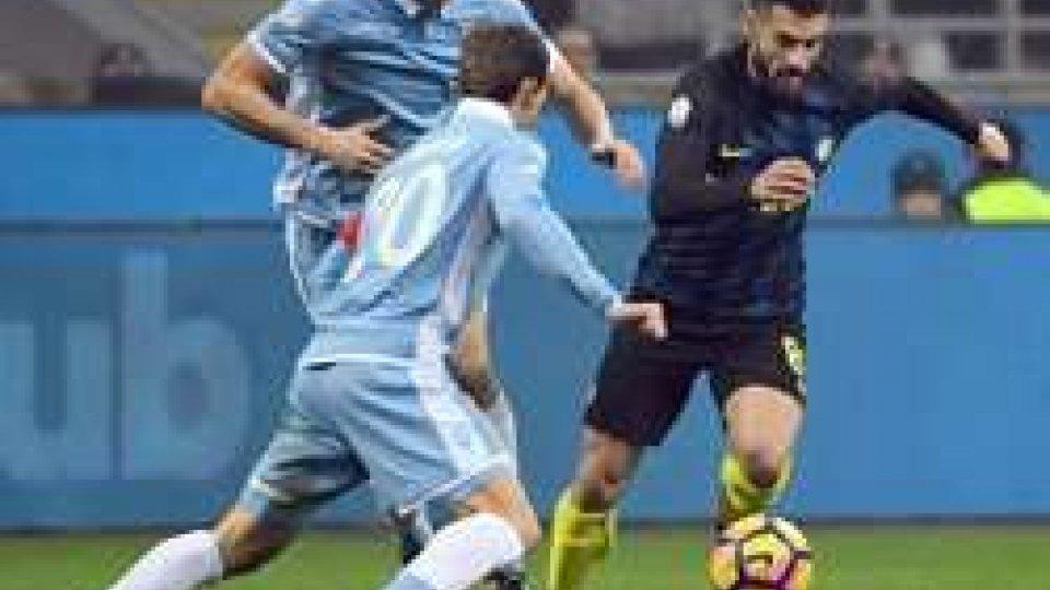 Antonio Candreva in azioneCoppa Italia, colpo grosso Lazio: eliminata l'Inter a San Siro
