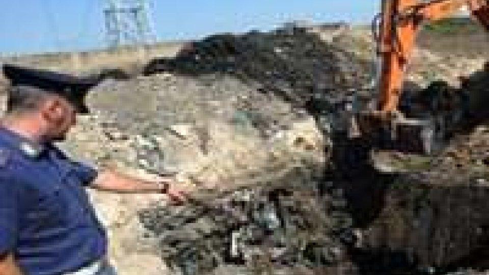 Caserta, camorra: rifiuti tossici, spacciati per concime ai contadini
