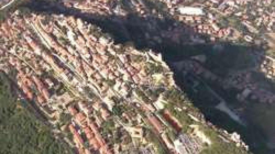 Aerea di San MarinoAumenta il reddito, diminuiscono i consumi, l'indagine sulle famiglie  sammarinesi