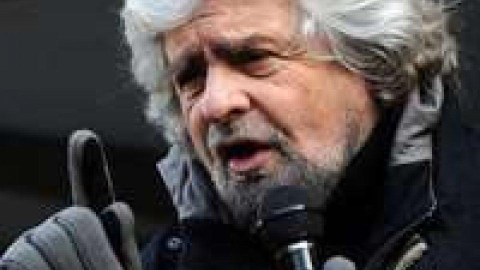 """Grillo: """"serve parlamento funzionante non badanti democrazia"""""""