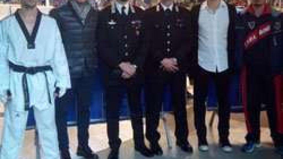Campionati italiani di Taekwondo: il comandante dei carabinieri di Riccione Marco Califano in visita al gruppo sportivo dell'Arma